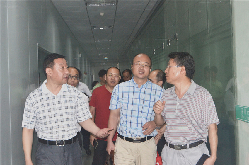 深圳市智能化学会理事参观顺源科技 (14)