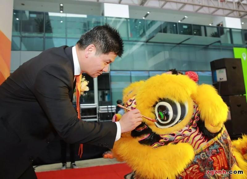 定位新坐标共创新未来——KUKA机器人深圳分公司开业庆典隆重举行