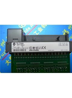 1746-OB32/D32点电子式保护电流拉出型直流输出模块