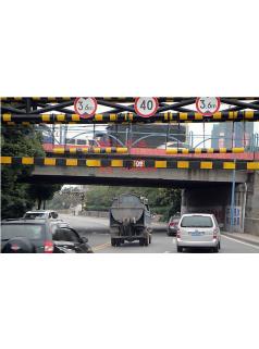 道路龙门架厂家定制黄黑相间东莞安装施工优惠