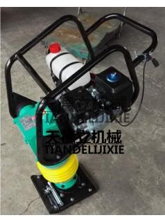 HCR-110站立式汽油冲击夯  5.5马力立式汽油冲击夯